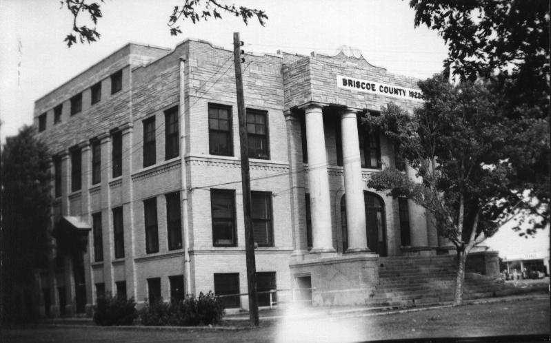 Briscoe County Courthouse 1960