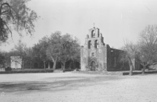 Front of Mission San Francisco Espada