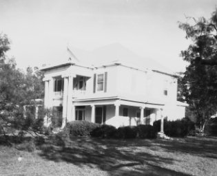 Front of Rosetyme/Dr. Magee Home